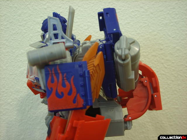 Leader-class Autobot Optimus Prime- robot mode (upper body profile, left side)