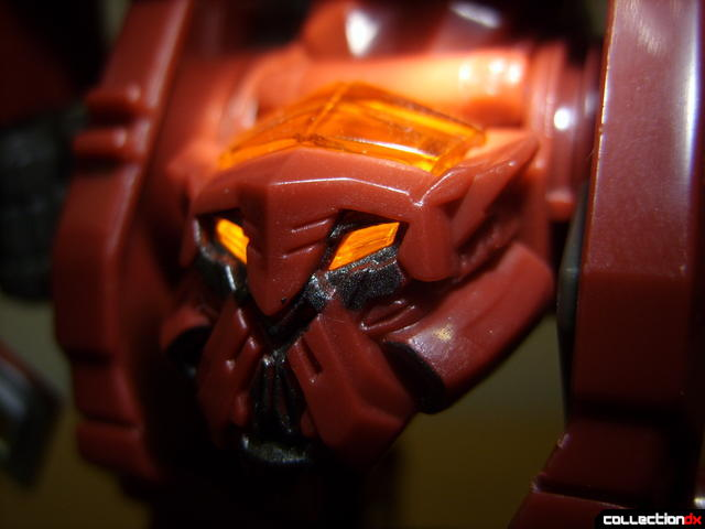 Voyager-class Decepticon Demolishor- robot mode (head detail, lit from above)