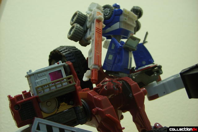Voyager-class Decepticon Demolishor- robot mode posed ('Pull Over...' shot with 'TF Cybertron' Autobot Armorhide)