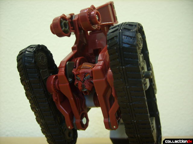 Voyager-class Decepticon Demolishor- vehicle mode (bottom kibble)