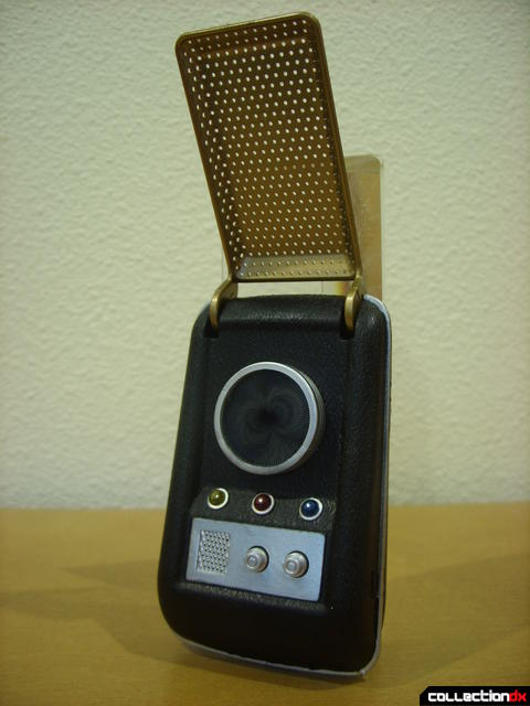 TOS Communicator (front, opened)