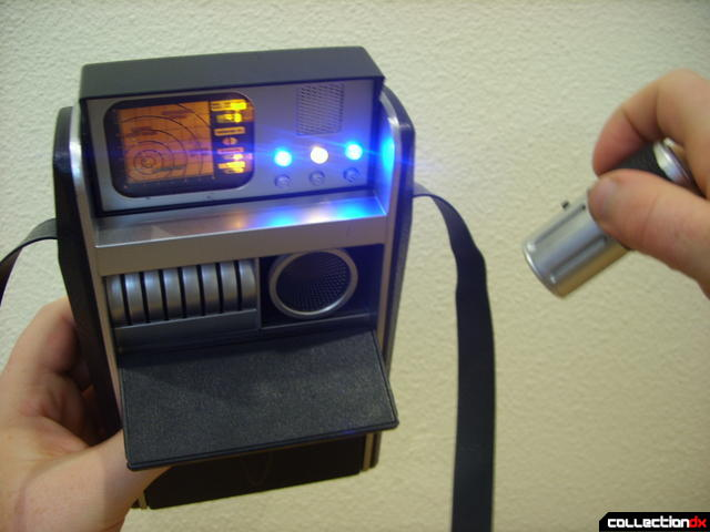 Classic Science Tricorder (with Science Scanner in-use)