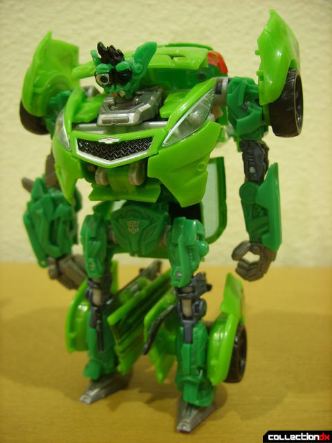 Deluxe-class Autobot Skids- robot mode (front)