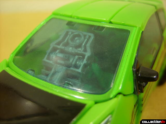Deluxe-class Autobot Skids- vehicle mode (windshield detail)
