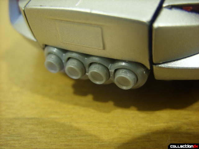 RotF Deluxe-class Sideswipe- vehicle mode (quad exhaust pipes detail)