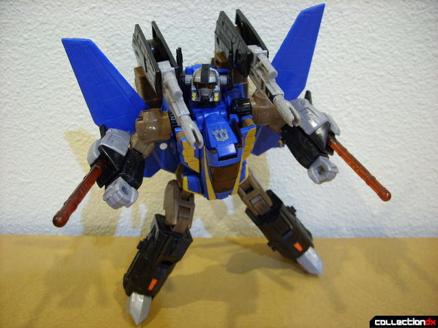 Autobot Tread Bolt with armor- robot mode posed (2)