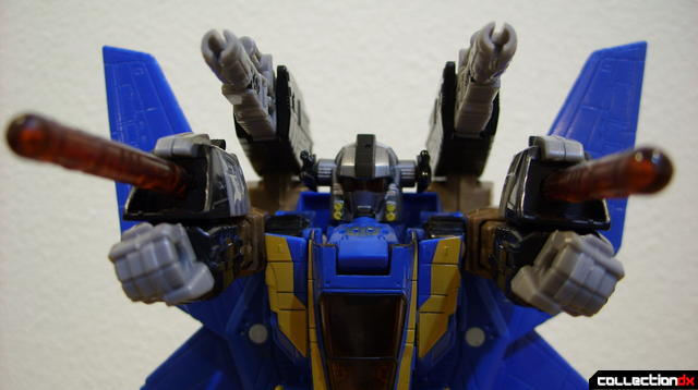 Autobot Tread Bolt with armor- robot mode posed (3)