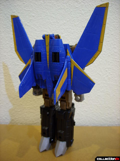 Autobot Tread Bolt without armor- robot mode (back)