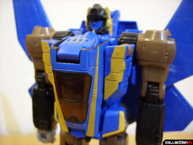 Autobot Tread Bolt without armor- robot mode (front of torso detail)