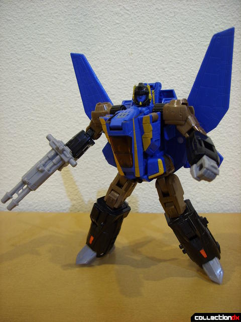 Autobot Tread Bolt without armor- robot mode posed (3)