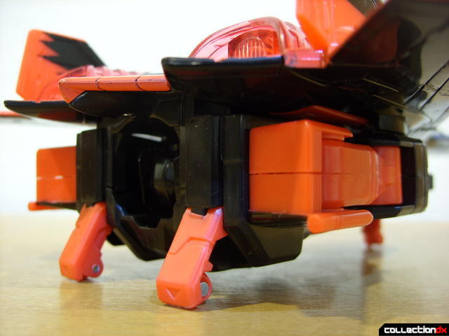 Decepticon Skyfall- vehicle mode (back of lower body)