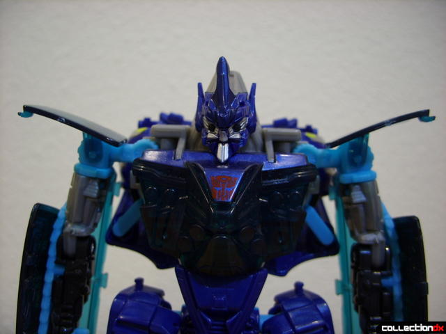 RotF Deluxe-class Autobot Jolt- robot mode (front view, shoulders in normal position)