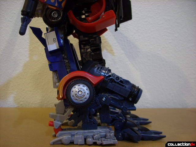 RotF Power-Up Optimus Prime (legs detail, left profile)
