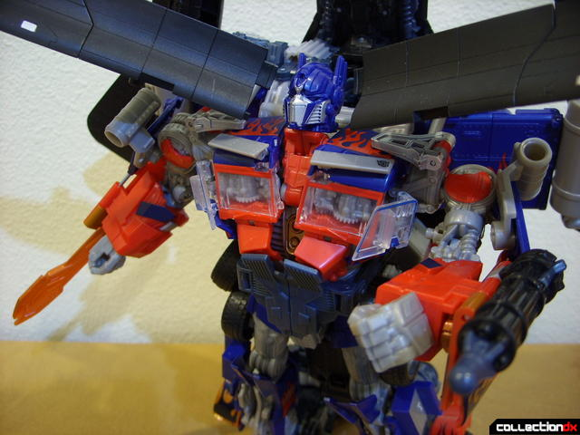 RotF Power-Up Optimus Prime posed (3)