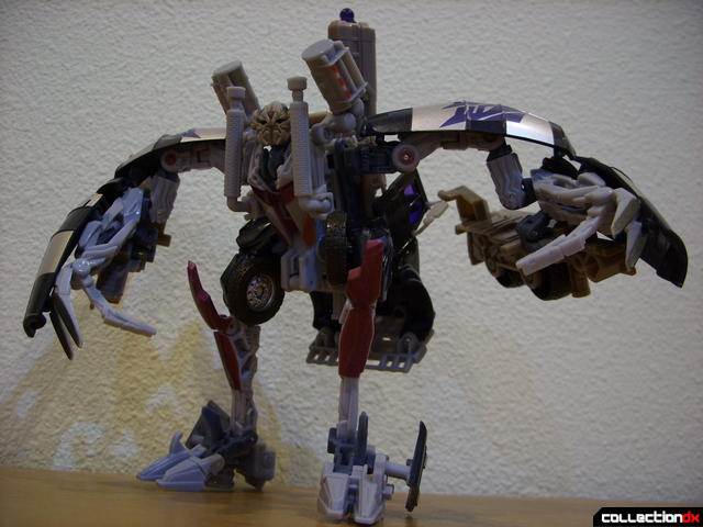 RotF Voyager-class Decepticon Mixmaster- robot mode posed (1)