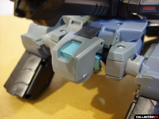 Animated Voyager-class Decepticon Shockwave- crane mode (front detail)