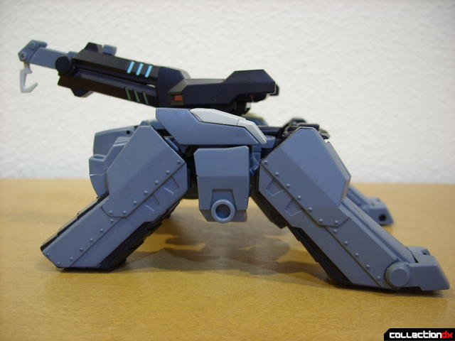 Animated Voyager-class Decepticon Shockwave- crane mode (left profile)