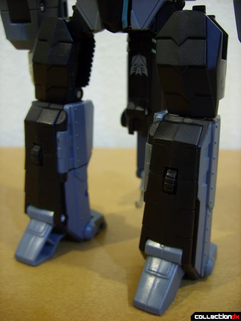 Animated Voyager-class Decepticon Shockwave- Longarm form (legs)