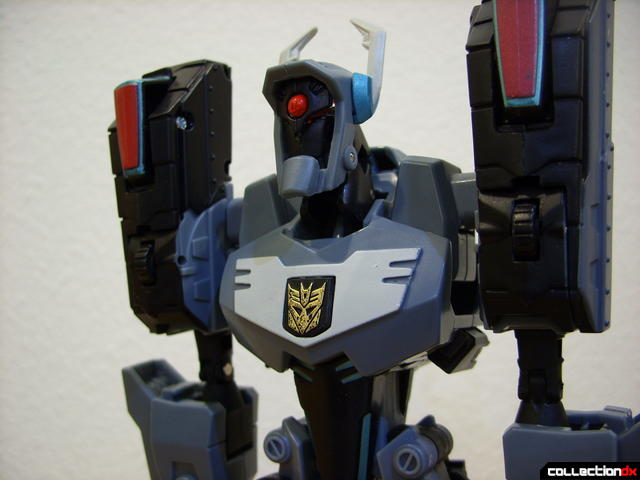 Animated Voyager-class Decepticon Shockwave- Shockwave form (waist normal)