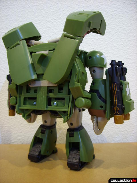 Animated Leader-class Autobot Bulkhead- robot mode (back)