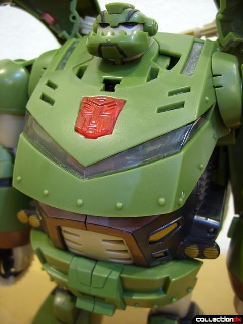 Animated Leader-class Autobot Bulkhead- robot mode (torso detail)