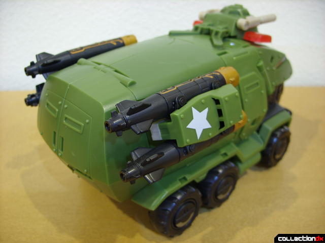 Animated Leader-class Autobot Bulkhead- vehicle mode (back)