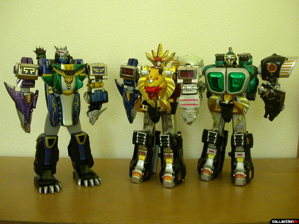 DX Gao Hunter Justice posed with DX Gao King and DX Gao Muscle