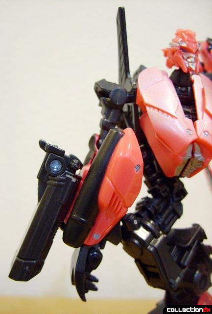 RotF Deluxe-class Autobot Arcee- robot mode (right arm)