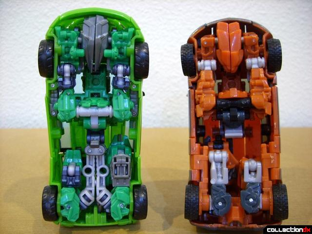 RotF Deluxe-class Autobot brothers Skids (L) and Mudflap (R) Mudflap in vehicle mode (2)