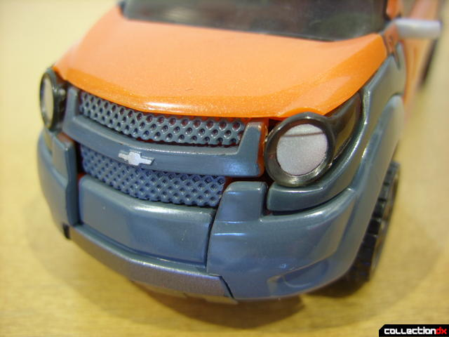 RotF Deluxe-class Autobot Mudflap- vehicle mode (front details)