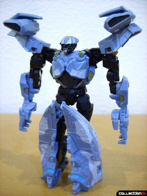 RotF Scout-class Autobot Depthcharge- robot mode (front)