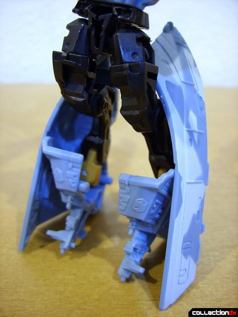 RotF Scout-class Autobot Depthcharge- robot mode (legs, back)