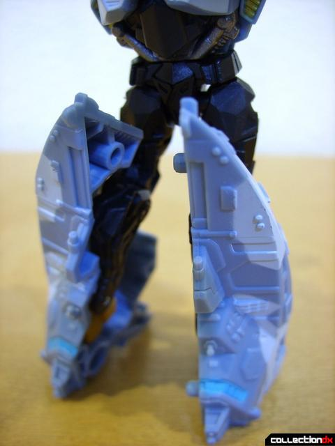 RotF Scout-class Autobot Depthcharge- robot mode (legs, front)