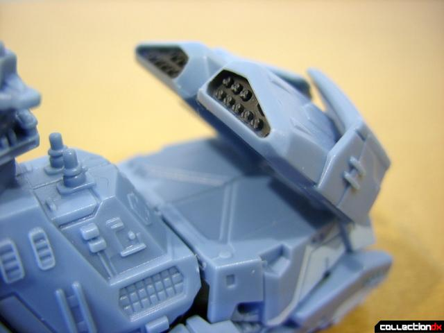 RotF Scout-class Autobot Depthcharge- vehicle mode (missile alunchers raised optionally)