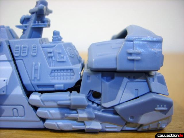RotF Scout-class Autobot Depthcharge- vehicle mode (missile launcher, normal)
