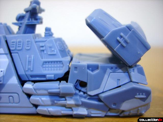 RotF Scout-class Autobot Depthcharge- vehicle mode (missile launcher, raised)