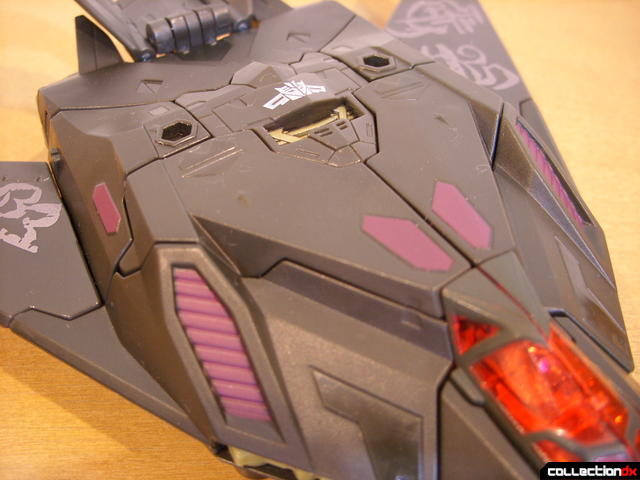 RotF Voyager-class Mindwipe- vehicle mode (top detail, forward)