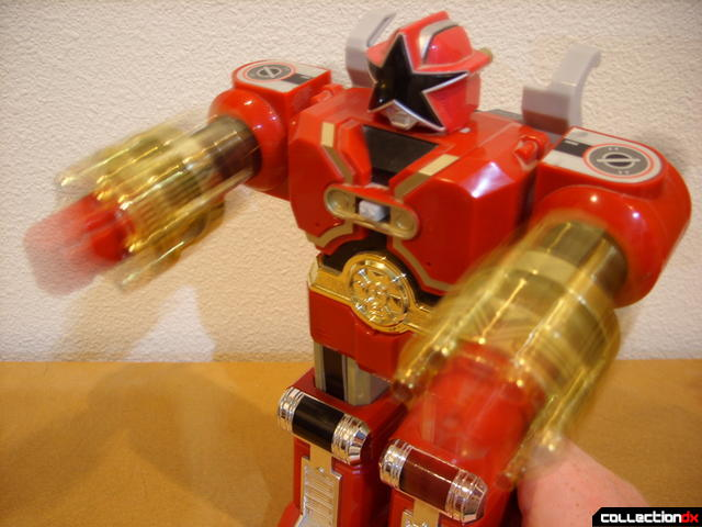 Deluxe Red Battlezord (electric motor punching action)
