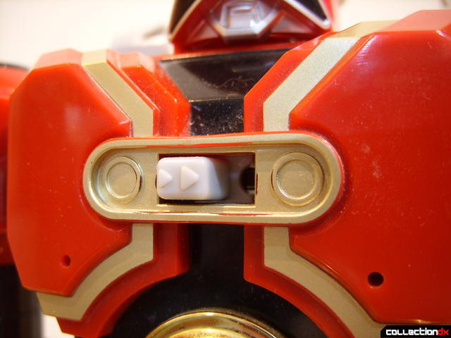 Deluxe Red Battlezord (On-Off switch on chest)