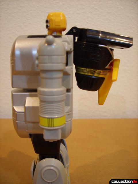Super Zeo Zord 2 (torso, left profile)