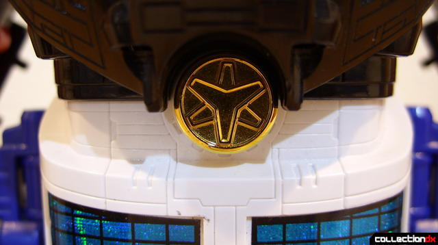 Lightspeed Solarzord (belt logo incorrectly positioned)