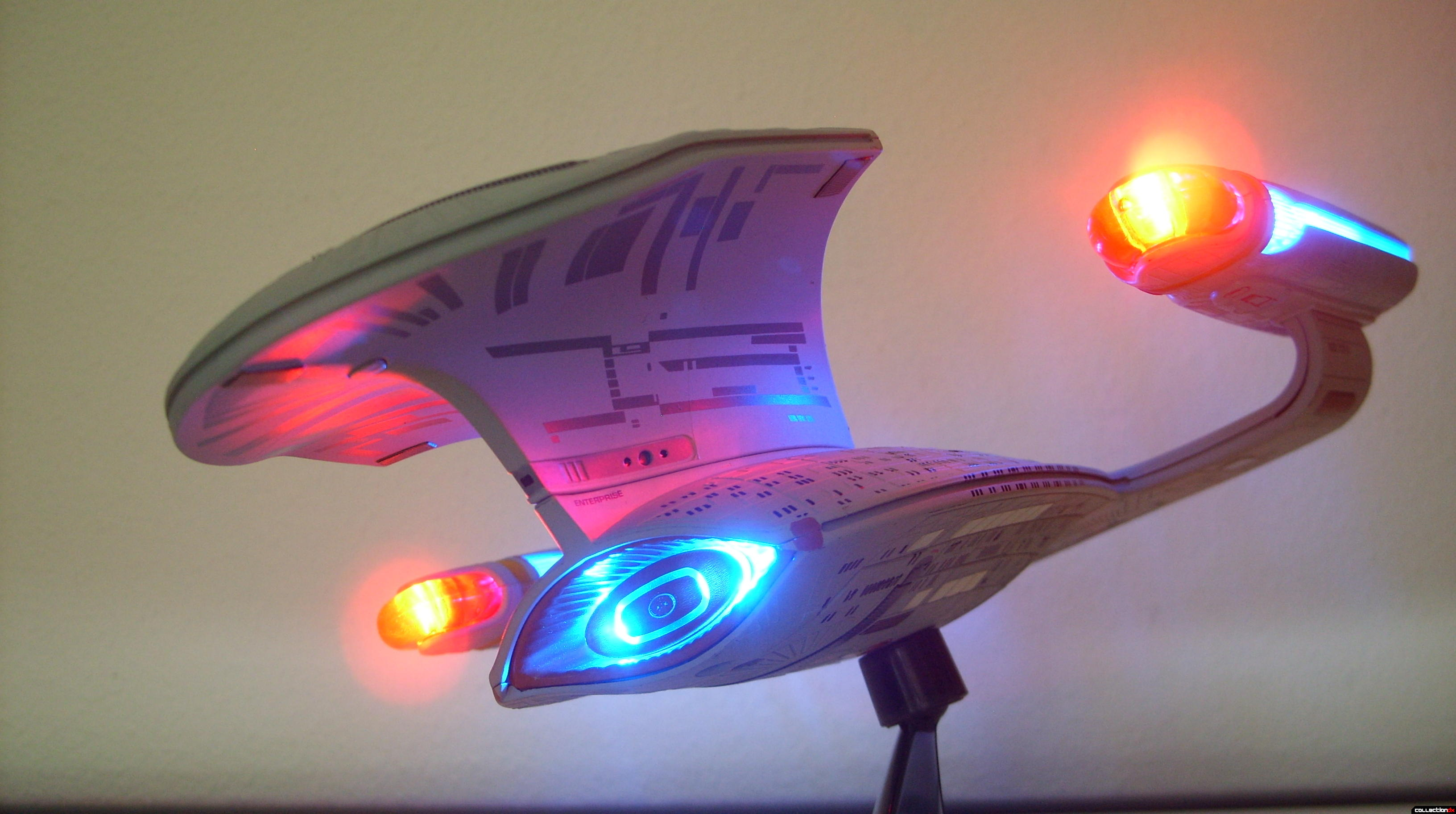 Starship Legends U.S.S. Enterprise-D (Battle Section dramatic angle)