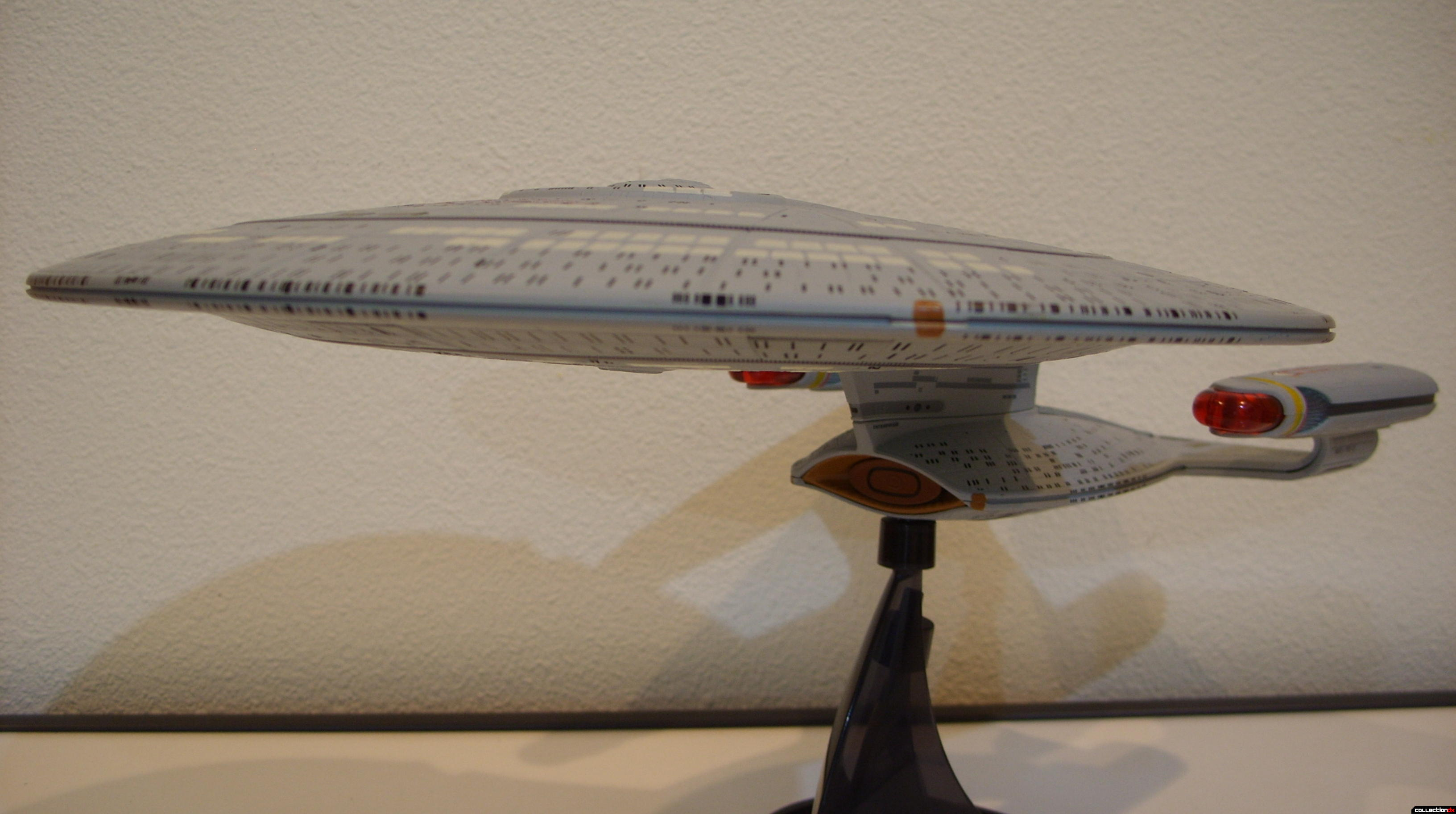 Starship Legends U.S.S. Enterprise-D (bow)