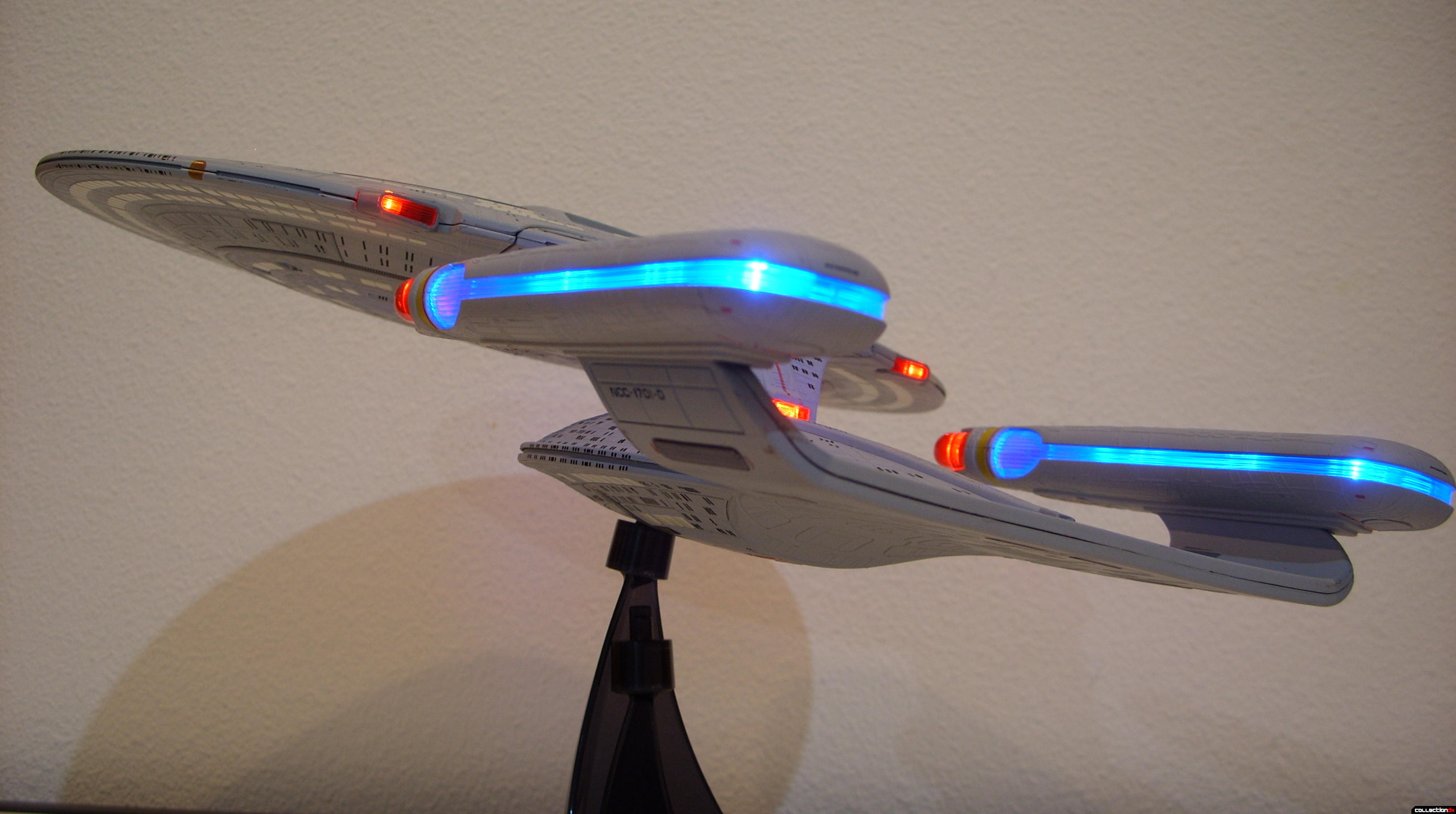 Starship Legends U.S.S. Enterprise-D (dramatic angle, port-aft)(2)