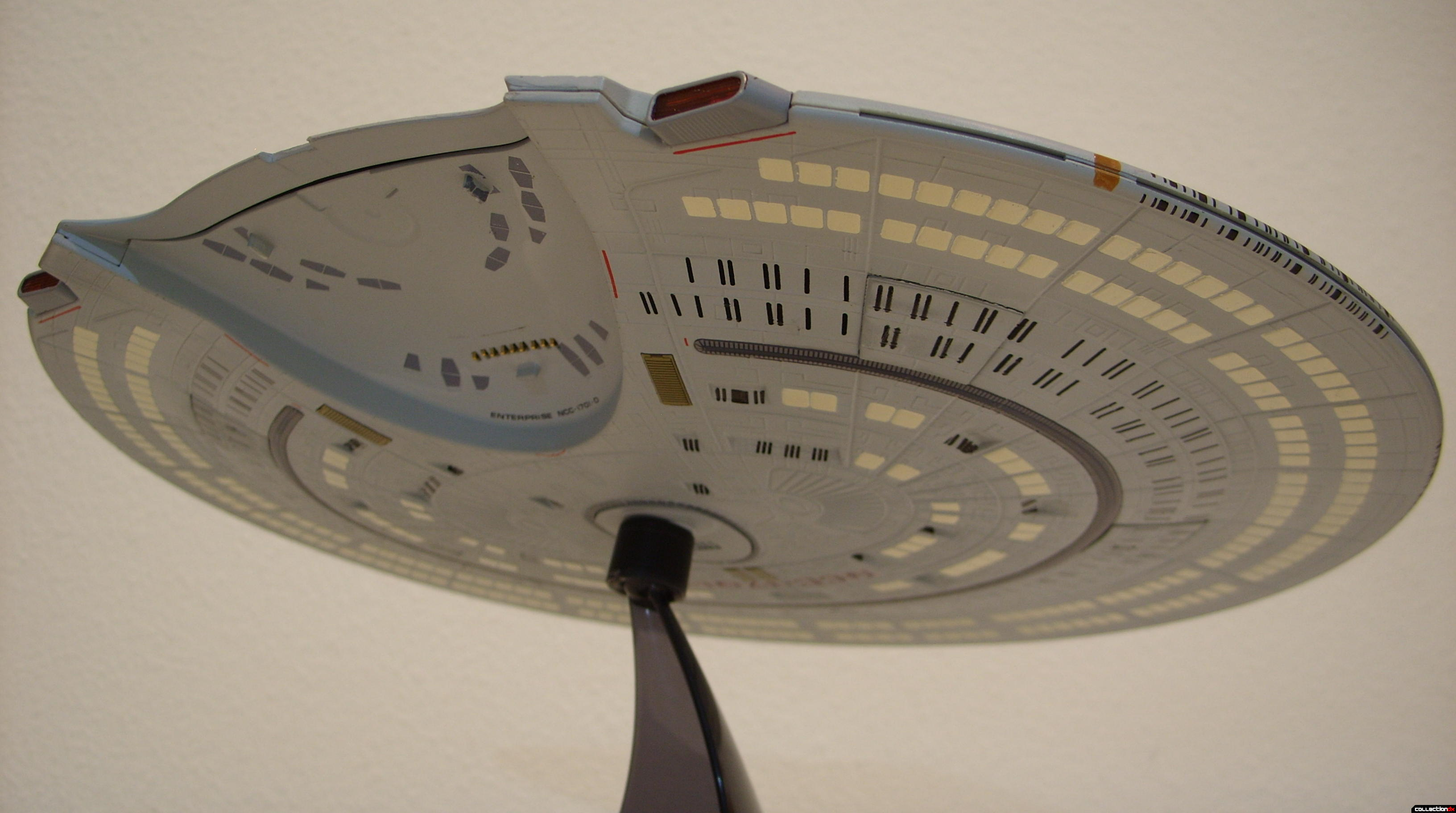 Starship Legends U.S.S. Enterprise-D (Saucer Section, aft-ventral)