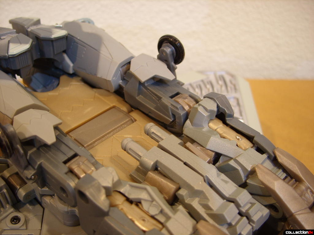Masterpeice Movie Series Starscream- Vehicle Mode (missile launcher)(1)