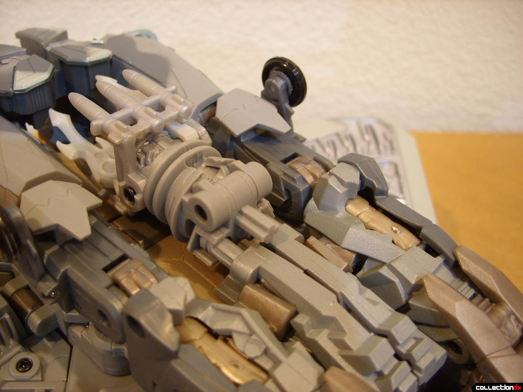 Masterpeice Movie Series Starscream- Vehicle Mode (missile launcher)(2)