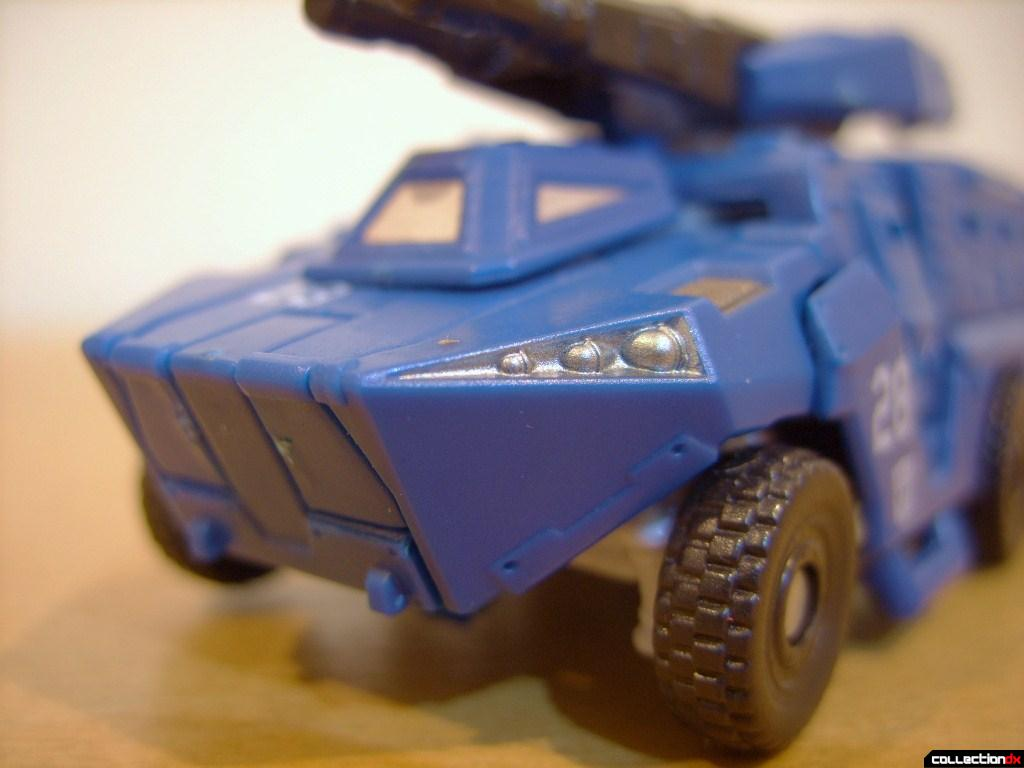 Scout-class Autobot Breacher- Vehicle Mode (front detail)