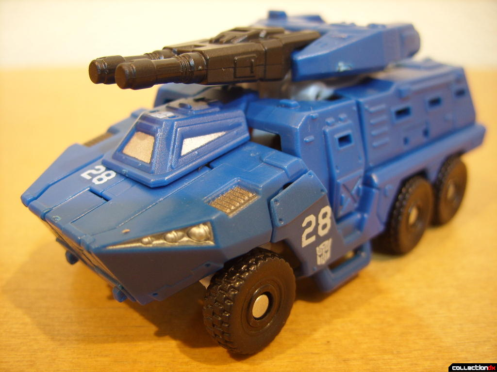 Scout-class Autobot Breacher- Vehicle Mode (front)