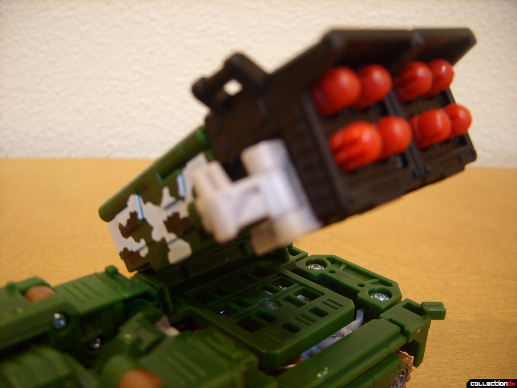 Deluxe-class Decepticon Hailstorm- Vehicle Mode (missile launcher turned into firing position)